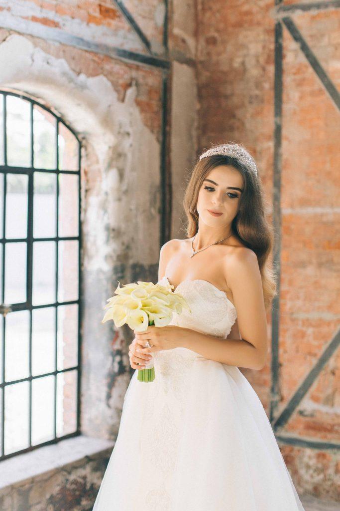 ezgi umut weddingstory 11 683x1024 - Ezgi & Umut // Dugun Hikayesi - Beykoz Kundura Fabrikası & Limak Eurasia Luxury Hotel