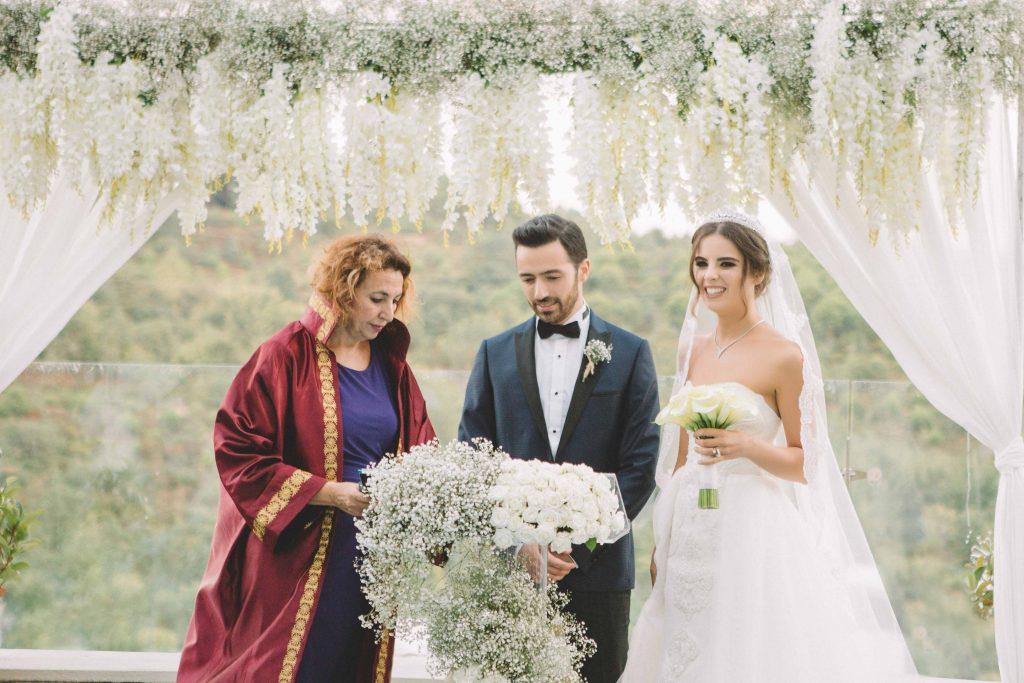 ezgi umut weddingstory 21 1024x683 - Ezgi & Umut // Dugun Hikayesi - Beykoz Kundura Fabrikası & Limak Eurasia Luxury Hotel