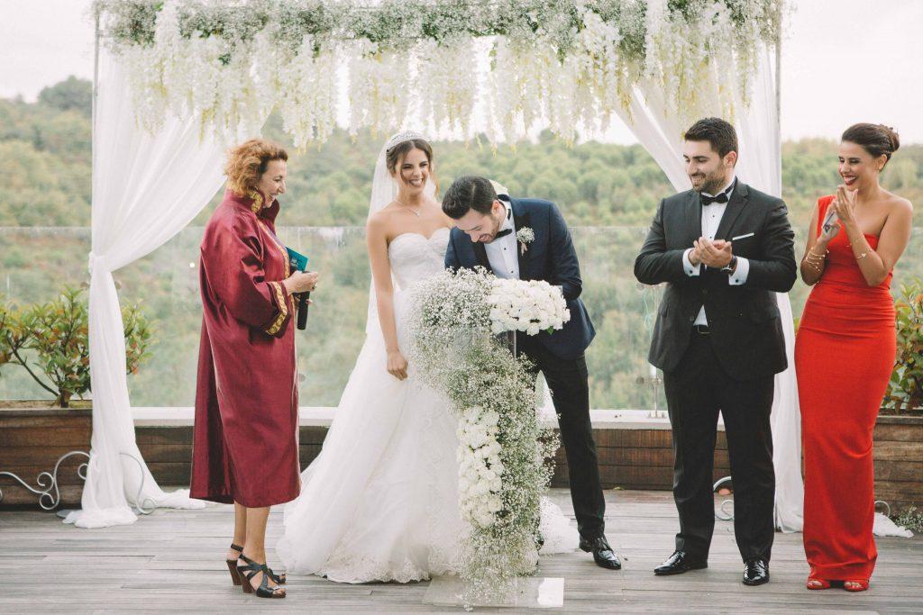 ezgi umut weddingstory 23 1024x683 - Ezgi & Umut // Dugun Hikayesi - Beykoz Kundura Fabrikası & Limak Eurasia Luxury Hotel