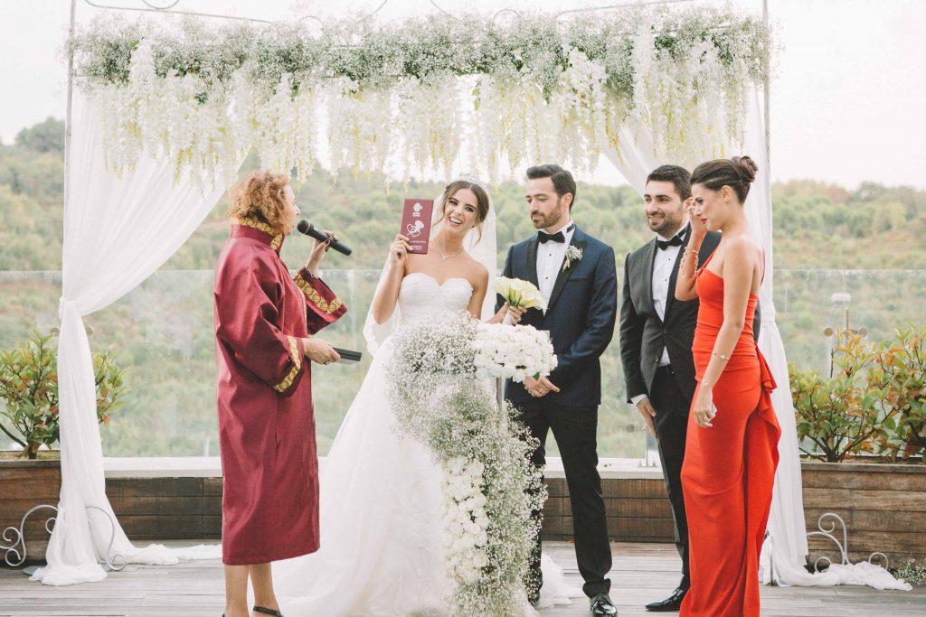 ezgi umut weddingstory 24 1024x683 - Ezgi & Umut // Dugun Hikayesi - Beykoz Kundura Fabrikası & Limak Eurasia Luxury Hotel