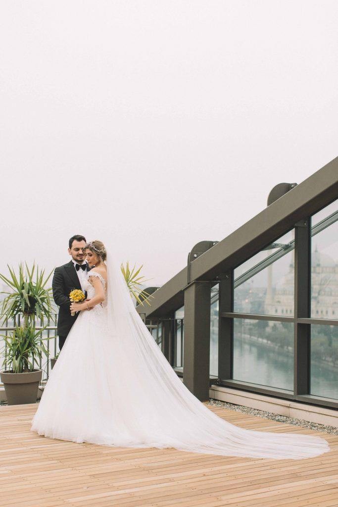 berna ozgur weddingstory 20 683x1024 - Berna & Ozgur // Dugun Hikayesi, Sheraton Grand Adana Hotel